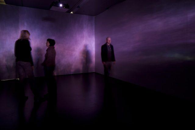 Mischa Kuball: platon's mirror (2011)