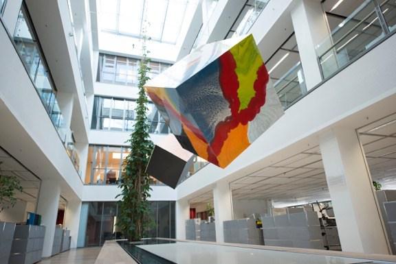 Thomas Schönauer: The Flying Cubes II (2013). Photo: Stefano Levi.