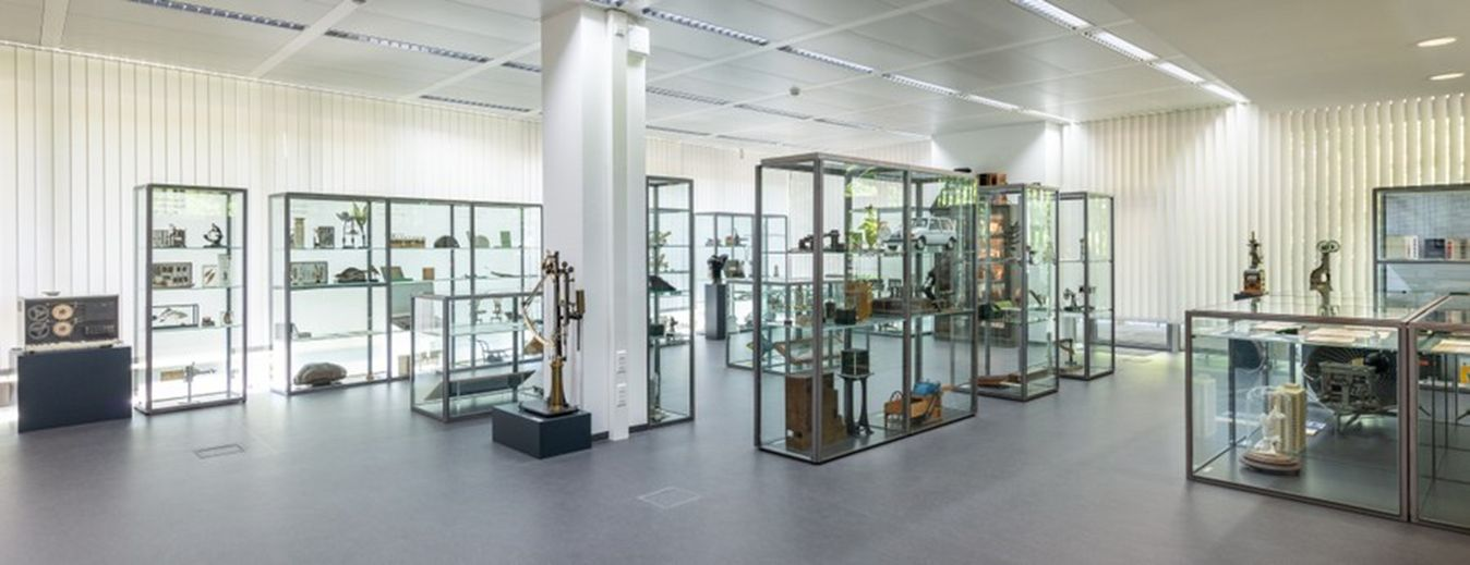 Permanent exhibition of the university collection of the Academic Heritage Office at the TU Dresden. Photo: TU Dresden.